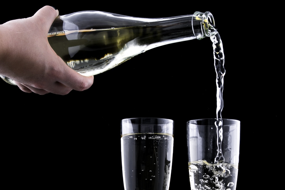 Can I Drink Alcohol While on The Budwig Diet?