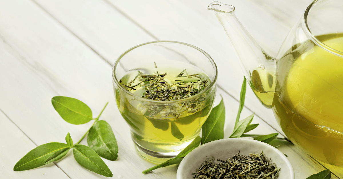 green tea reduces fat storage in the liver